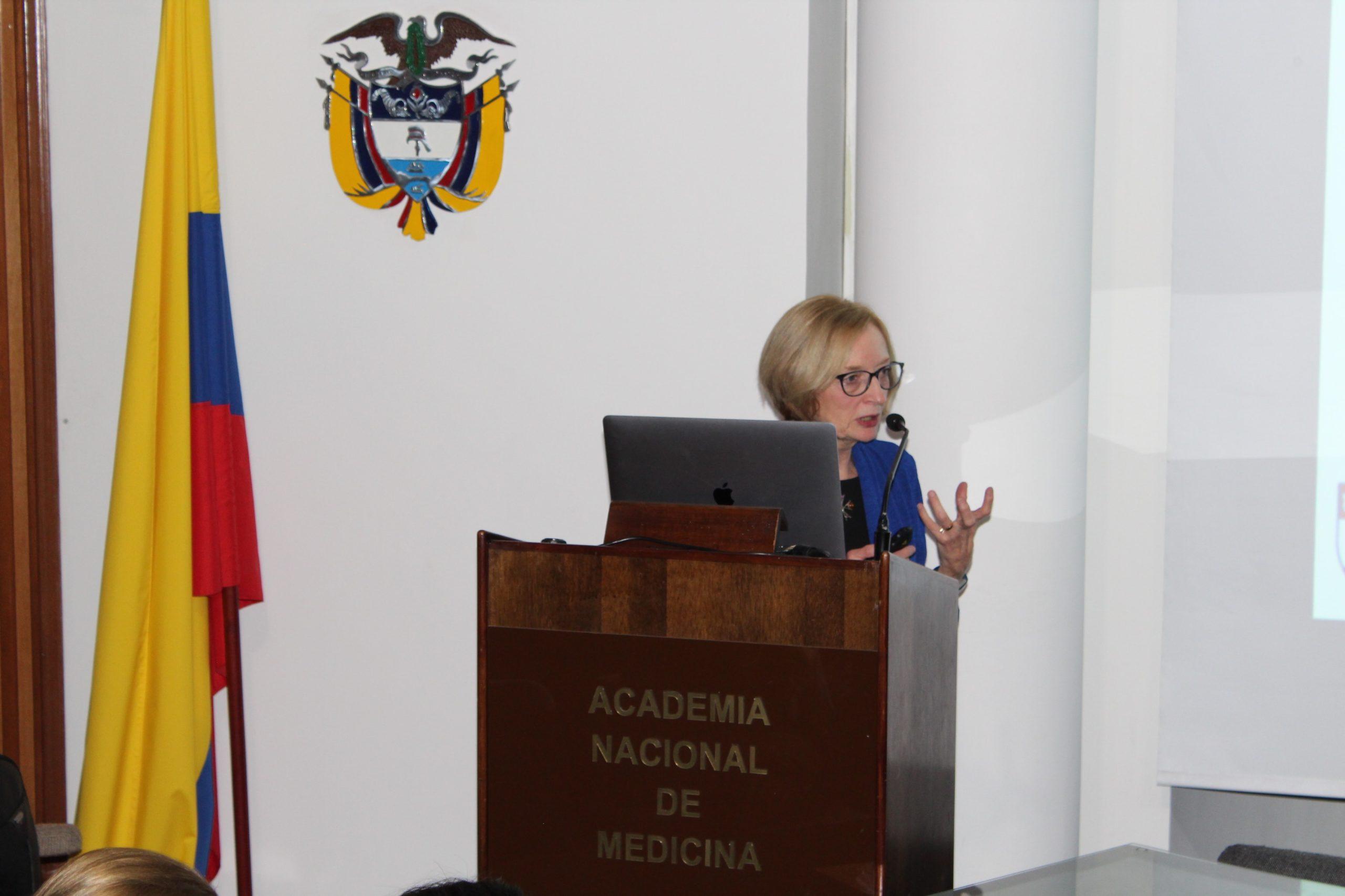 Charlene Compher, PhD y directora de los programas de nutrición de la Universidad de Pensilvania